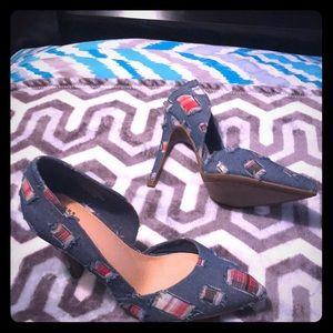 Shoe's. Women's size 7
